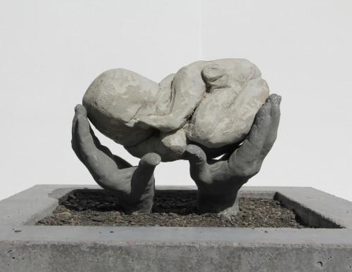 Urmodern, betong, sockel 40x40x10 cm, 2011